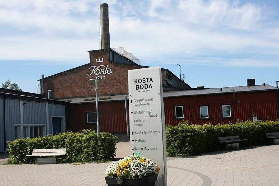 Kosta Boda on Ruotsin vanhin ja maineikkain lasitehdas.