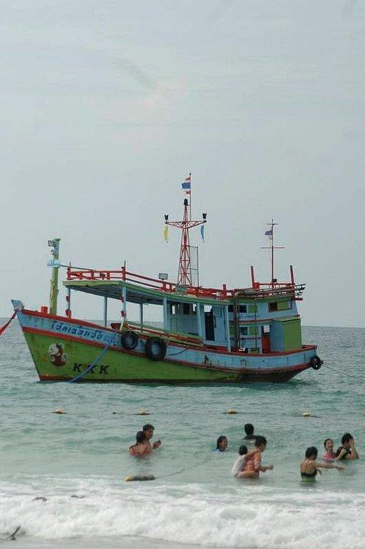 Koh Samet Bangkokin tuntumassa on vielä suurten matkailijavirtojen ulkopuolella.