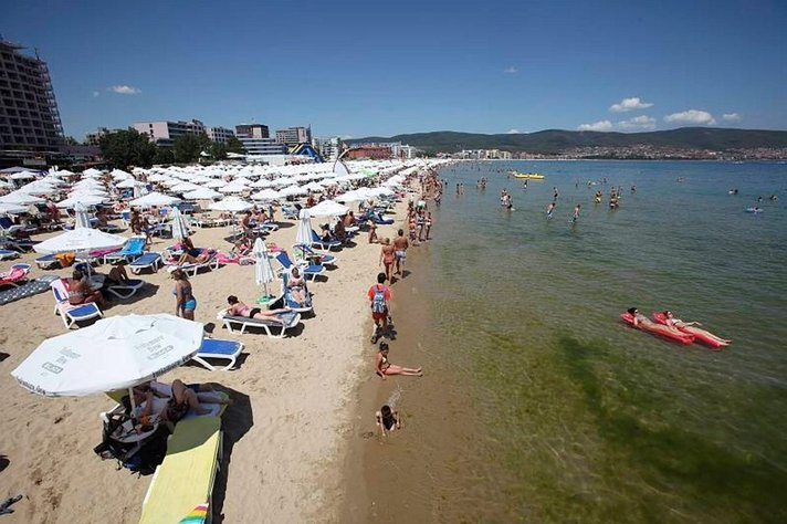 Matkaoppaat Bulgarian auringossa