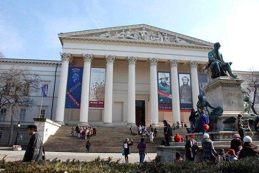 Vuonna 1802 perustetussa Kansallismuseossa on jo yli miljoonan esineen kokoelma.