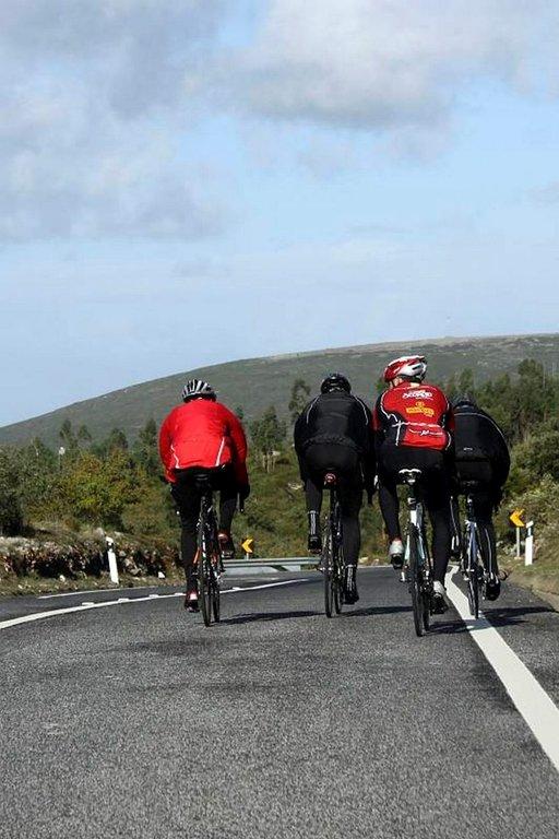 Pyöräilijät ovat tuttu näky luonnonpuiston alueella.