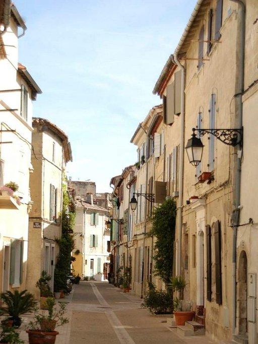 52 000 asukkaan Arles kuuluu Unescon maailmanperintöluetteloon.
