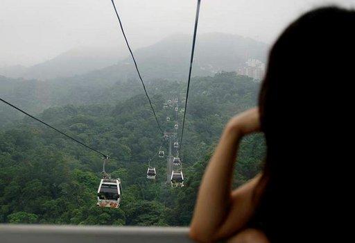 Maokong Gondola vie vuorille noin 20 minuutissa.
