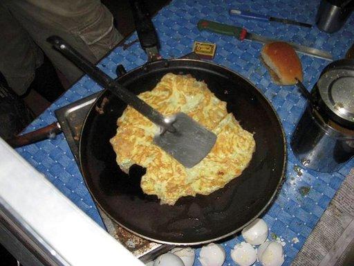 Sämpylä munakkaan kera on tyypillinen intialainen välipala.