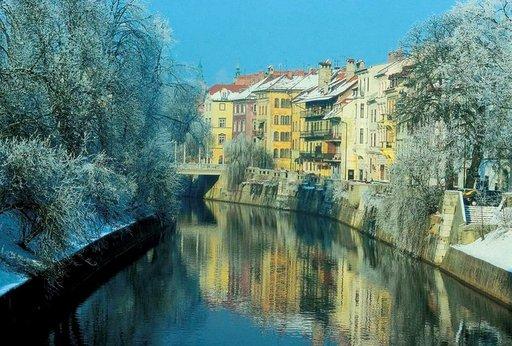 Pääkaupunki Ljubljana on hyvä matkakohde niin kesällä kuin talvellakin.