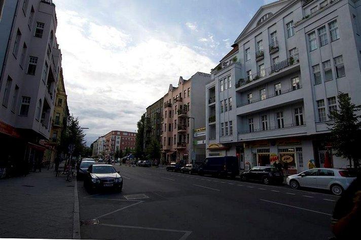 Pieniä kaupunkeja suuremman<br /> sisällä - BERLIINI