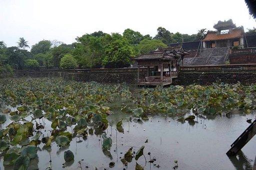 Vietnamin keisarillinen kaupunki Hue<br /> kasvoi Parfyymijoen rannoille
