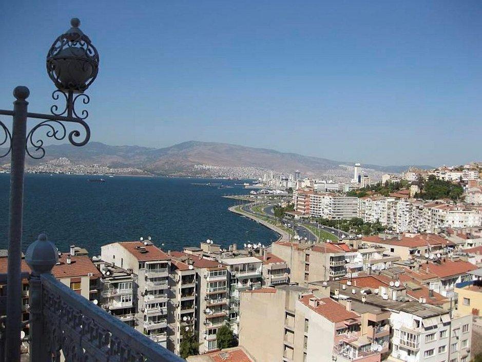 Historiaa ja terveysmatkailua<br /> Egeanmeren rannalla - IZMIR