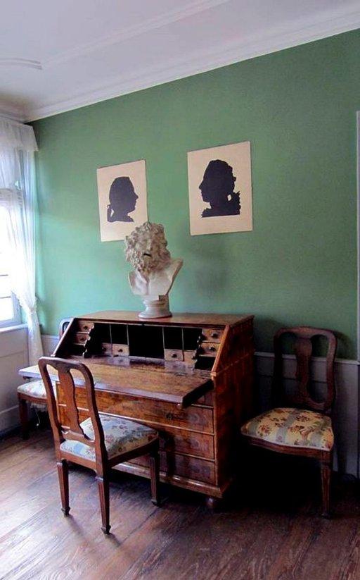 Goethen kirjoituspöytä.