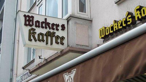 Perinteikäs Wacker's kahvila on paikallisten suosikki.