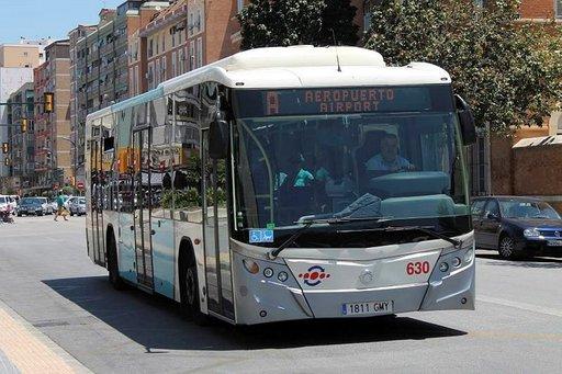 Esteettömässä bussissa matkanteko käy.