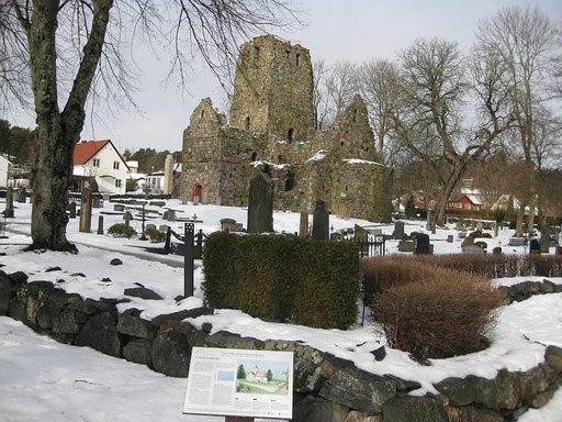 Sigtunassa on kolme kirkkorauniota 1100-luvulta.