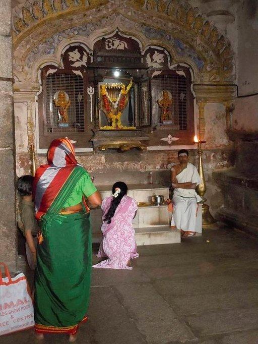 Lord Ganeshan jalanjäljillä Hampissa