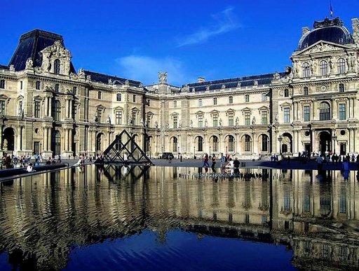 Louvre tarjoaa maailmanluokan taidetta.