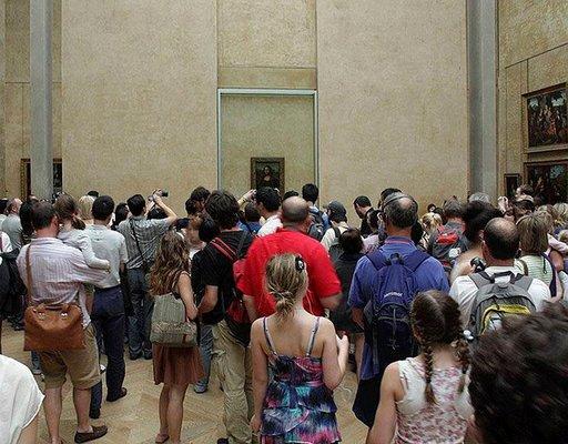 Mona Lisa on Louvren ykkösnähtävyys.
