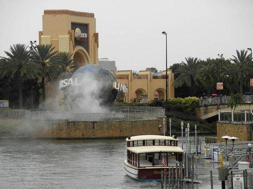 Vuoden koleimpana päivänä tammikuussa ei Orlandon teemapuistoissakaan ole jonoja (Universal Studios).