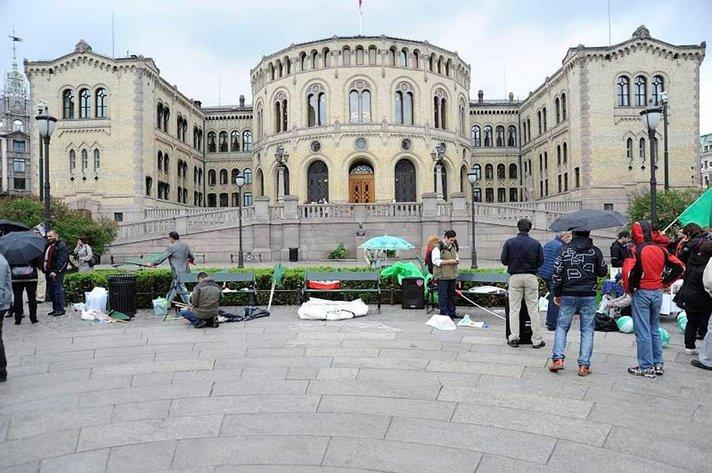 NORJALAINEN KOLMIAPILA KUKKII<br /> - Oslo, Bergen ja &Aring;lesund