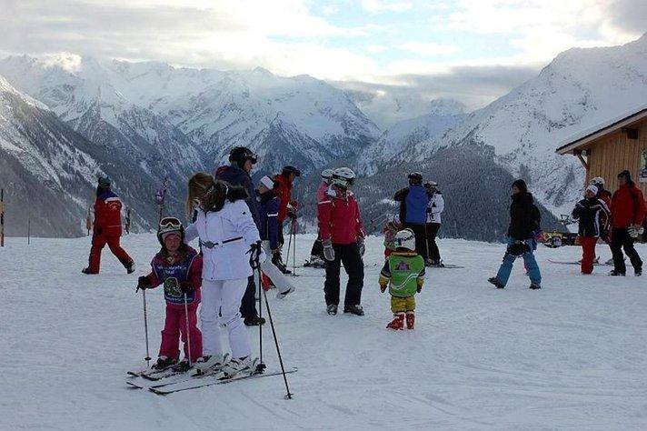 Zillertalin rinteet houkuttelevat hiihtäjää<br /> Itävallassa
