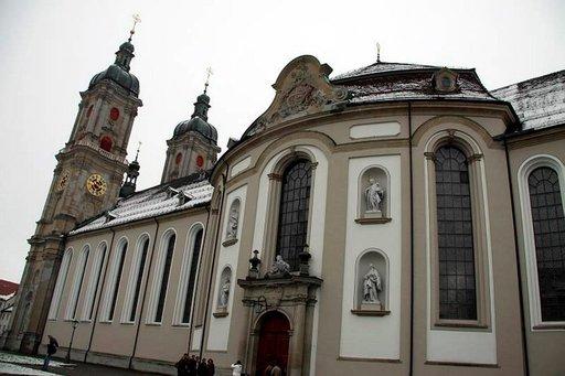 Abbey of Saint Gall on upea luostari, jonka arvokkaita käsikirjoituksia säilyttävä kirjasto on yksi maailman vanhimmista.