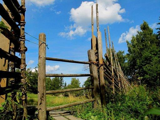 Lammasaitauksen portista astuessa tehdään aikahyppy menneeseen.