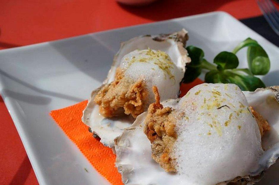 La Fabrican friteeratuissa ostereissa voi maistaa Välimeren.
