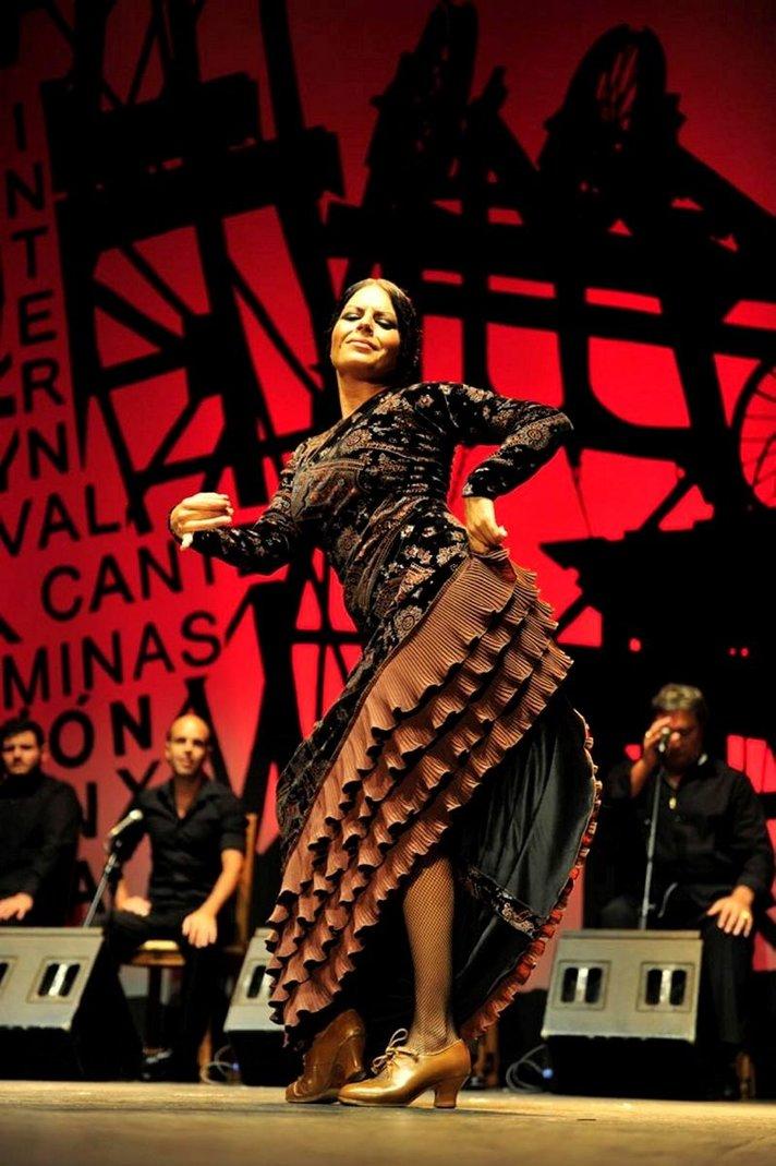 Flamenco kumpuaa<br /> kaivosten syvyydestä Helsinki