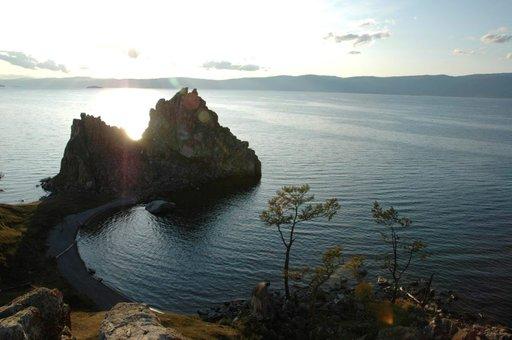Olkhonin saaren shamaanipyhätöt ovat yksi alueen valttikorteista.