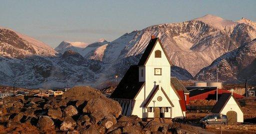 Syvällä Grönlannissa voi törmätä äärettömän kauniisiin kohteisiin.
