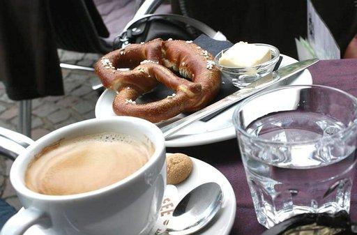 Keskiaikaisen reseptin mukaan tehty maistuva Bretzel-rinkeli
