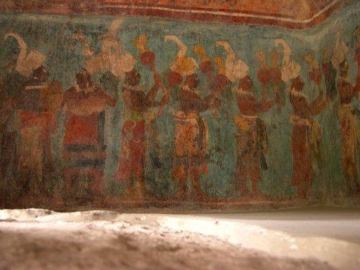 Bonampakin temppelin maalaukset ovat hyvin säilyneet.