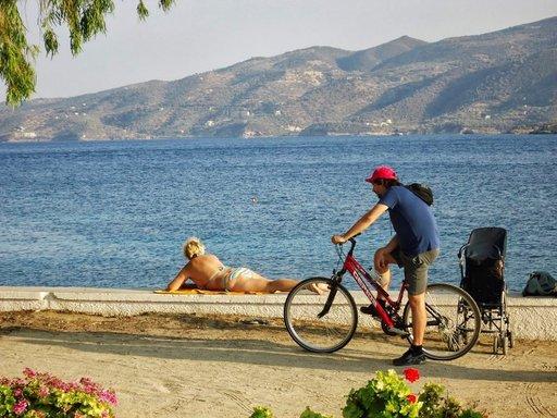 Väriä pintaan Kreikan auringosta.