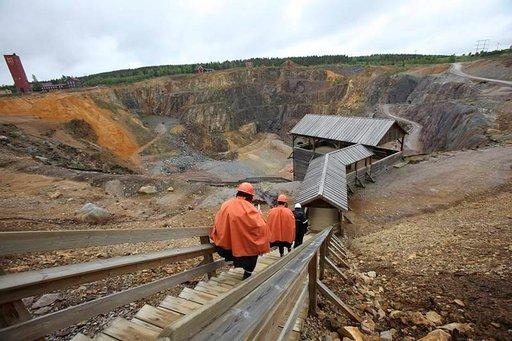 Taalainmaan-matkan ehdoton kohde on Falunin kuparikaivos, jonka syvyyksiin, aina 600 metriin, pääsee ihmettelemään kaivosmiesten ankaria olosuhteita.