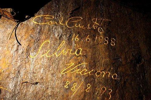 Kuninkaallisetkin ovat käyneet syvimmässä kaivoskuilussa kirjoittamassa nimensä kultakirjaimin.