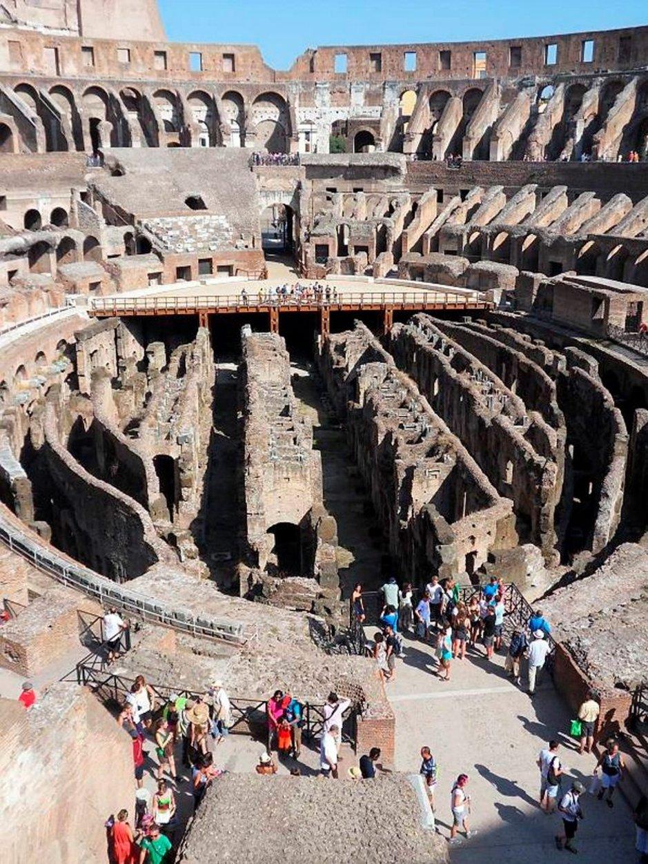 Colosseumilla historiankirjan tarinat heräävät henkiin.