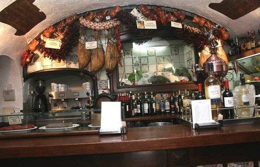 Suurin osa Madridin kuppiloista ja tavernoista on hyvin persoonallisia.