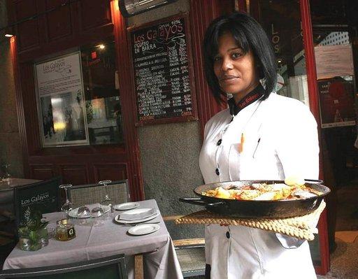 Ravintola Los Galayos Plaza Mayor -aukiolla on perinteinen ruokapaikka.