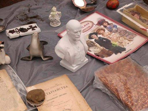 Leninin rintakuva maksoi 1000 ruplaa eli noin 20 euroa.