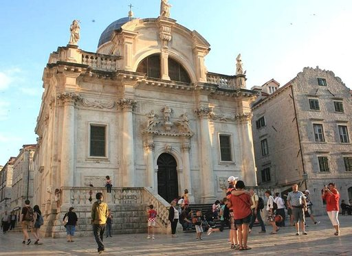 Pyhän Blasiuksen kikko vanhassakaupungissa. Blasius on Dubrovnik suojeluspyhimys