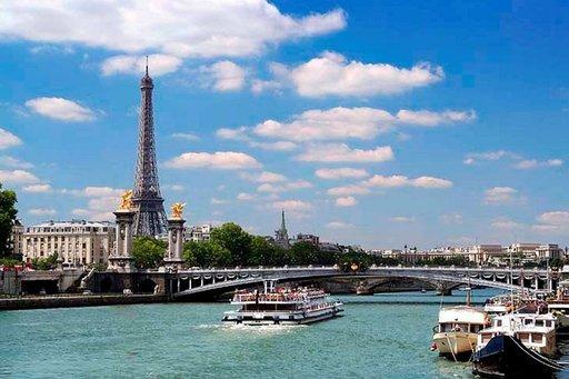 Ilmaiskonserttiin Pariisiin