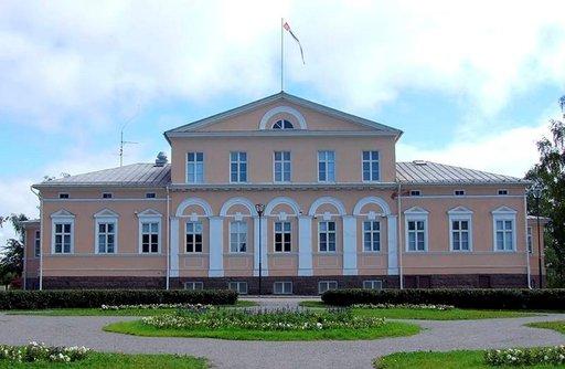 Raatihuoneen lisäksi Raahessa kannattaa tutustua Vanhaankaupunkiin.