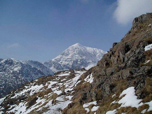 Snowdonin vuoristo on mitä mahtavin kohde patikoinnille.