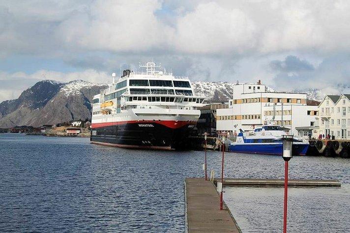 Kokousta Norjan vuonoilla