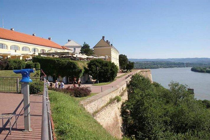 Eleganssia, hyvää ruokaa ja nuorekasta<br /> elämänrytmiä Novi Sadissa Serbiassa