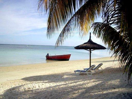 Karibian helmeksi kutsuttu Barbados pitää kauneudellaan häähumun takuulla yllä.