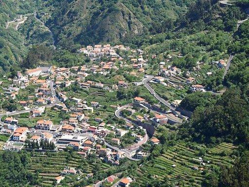 Madeira on ennen kaikkea aktiivilomailevan hääparin kohde.
