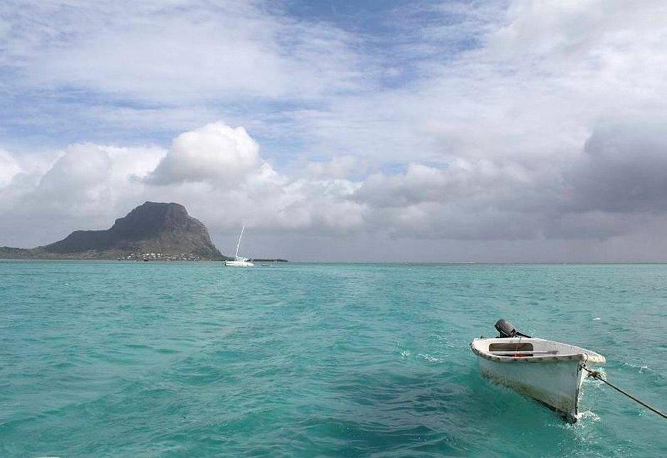 Mauritius kuuluu syystäkin häämatkaajien toivelistan kärkeen: rannat, hotellit ja aktiviteetit ovat huippuluokkaa.