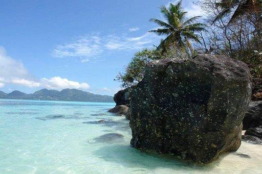 Jos haluaa häälomaltaan parasta, niin Seychellit kuuluu listan kärkeen. Rauha ja romantiikka on taattu!