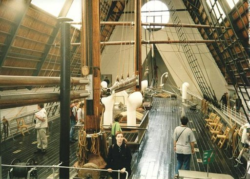 Fram-museo tarjoaa aikamatkan menneeseen.