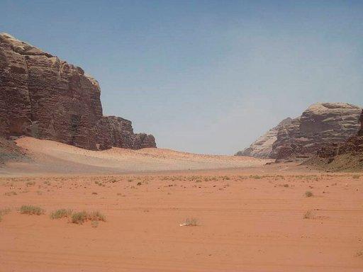 Wadi Rumin aavikkoalueet ovat värikkäitä.