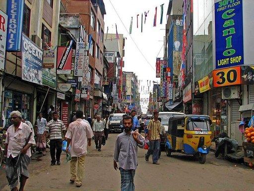 Colombossa voi tunnelma tuntua välillä hektiseltä.